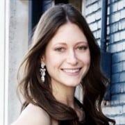 Lauren Toth